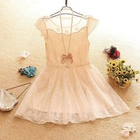 Lace princess skirt of the dress with short sleeves