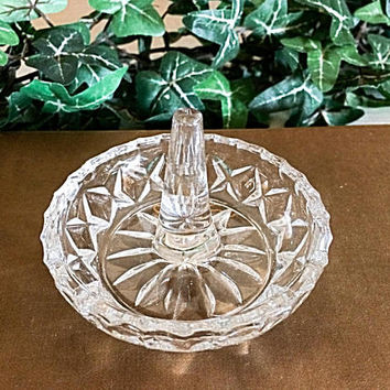 Glass Ring Dish, Glass Ring Holder, Pressed Glass Dish, Starburst Ring Tree, Vintage Glass, Glass Jewelry Dish, Clear Glass Vintage, EAPG