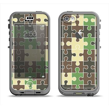 The Camouflage Colored Puzzle Pattern Apple iPhone 5c LifeProof Nuud Case Skin Set