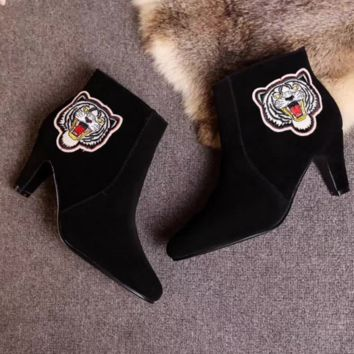 Gucci Hot Sale Trending Fashion Tiger Embroider Delicate High-Heeled Boots Black