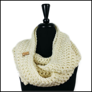 Soft White Chunky Infinity Scarf