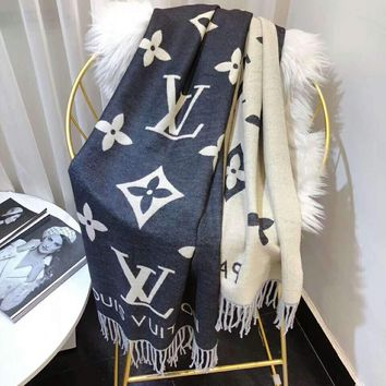 LV Fashionable Women Men Louis Vuitton Cashmere Cape Tassel Scarf Scarves Shawl Accessories