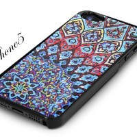 Black Snap-On iPhone Cover Case. AZTEC MOSAIC Logo Design for iPhone 5. Height: 4.95 Inches X Width: 2.31 Inches X Thickness: 0.35 Inches. Personalized Design Is Available with a Minimum of 20 Pcs Orders.