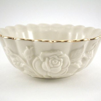Lenox Scallop Rose Bowl Ivory with Gold Accent Trim Raised Rose Design Small 4 1/4""