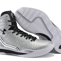 Men's Under Armour Stephen Curry Clutchfit Drive Silver Black Basketball Shoes
