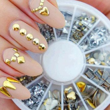 200 Pcs/ Set Free Shipping 6 Styles Silver / 3d Shiny Metallic Luster Nail Decoration Wheel Round Stickers Area Punk Rivet Studs