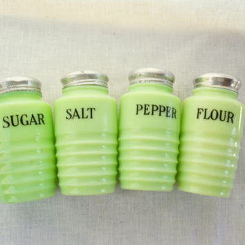 Jeannette Jadeite Shaker Set, Vintage Beehive Stove Top Shakers, Retro Kitchen,  Green Glass Salt Pepper Sugar Flour
