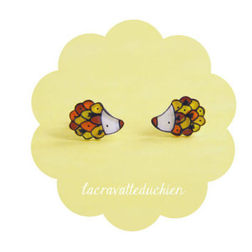 Hedgehogs small earrings studs - Animal jewelry - illustrated acrylic jewelry