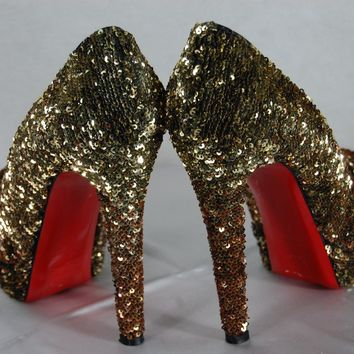 CHRISTIAN LOUBOUTIN 'BIANCA' SEQUINS BRONZE GOLD PLATFORM PUMPS EU 39.5 US 9