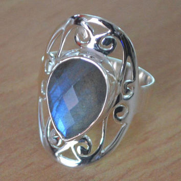 Large Labradorite Ring,Sterling Silver Labradorite Rings,Blue Flash Labradorite Ring,Genuine Labradorite Ring,Wedding Ring Faceted Stone NEW