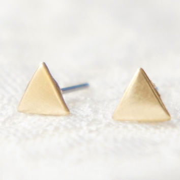 Tiny Gold Triangle Studs earrings- small studs- geometric jewelry- modern minimalist jewelry for everyday by noa noa