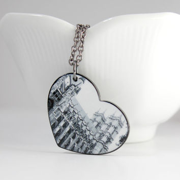Black and White Castle Photo Reversible Chain Pendant - Trendy Heart Necklace - London, England - Valentine's Day