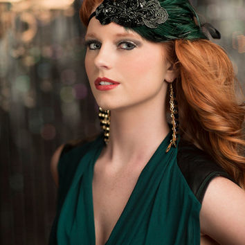 Green 1920s Headpiece, Gatsby Party Dress Headband, Flapper 1920s Headband, Green Feathers with Black Beaded Fascinator