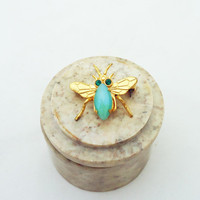 Vintage Brooch Fly with Green Stone Body in gold tone, Insect Brooch, UK Seller
