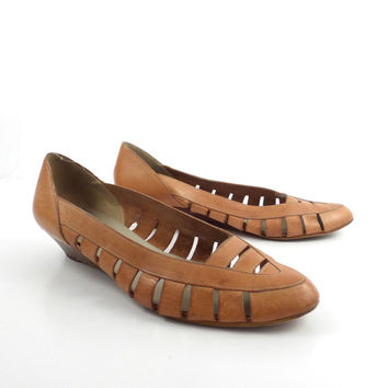 Leather Wedge Sandals Vintage 1970s  Brown Leather Women's Bandolino