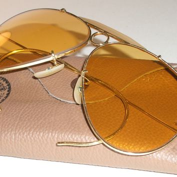 CIRCA 1970's VINTAGE B&L RAY BAN ARISTA AMBERMATIC SHOOTING AVIATOR SUNGLASSES