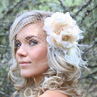 bridal headpiece , floral bride hairpiece , peach floral clip , birdcage veil , bridal hair piece , vintage wedding , bridal feather clip