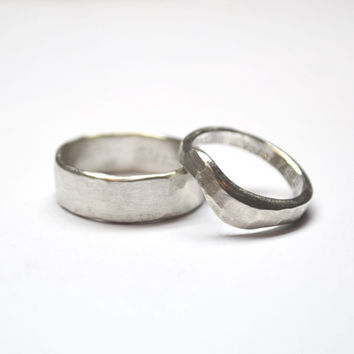 Wedding rings Silver wedding bands Hammered Silver Men Women Ring Yes We Do Silver Couple Rings