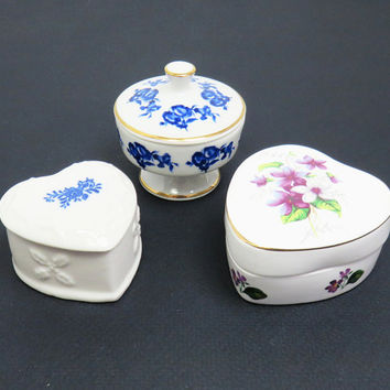 Porcelain trinket boxes jewelry boxes - Unique wedding favors bridal shower favors - Mothers day gifts - Cottage chic decor (Set of 3)