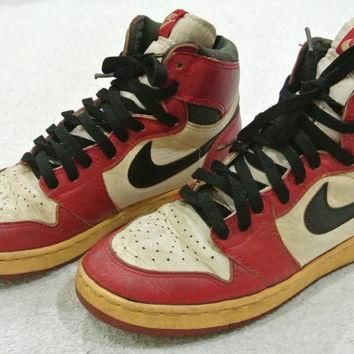 FREE SHIPPING Vintage 80s Nike Sky Jordan Red & White Shoes Size 5.5