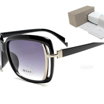 Dior Round Glasses Mirrored Flat Lenses Street Fashion Metal Frame Women Sunglasses [2974244639]