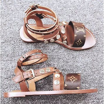【Louis Vuitton】LV Buttoned flat-soled sandals