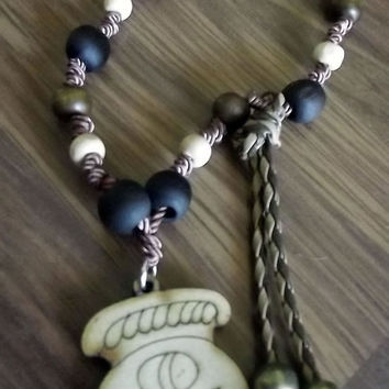 Vinal Ceh Maya. Maya lunar calendar. Along with jojoba, wood and silk thread necklace. Charm wood pyrography Ceh.