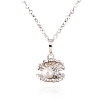 Fake Pearl Shell Necklace 18K Plated  Platinum