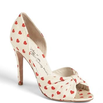 Alice + Olivia 'Gigi' Pump (Online Only)