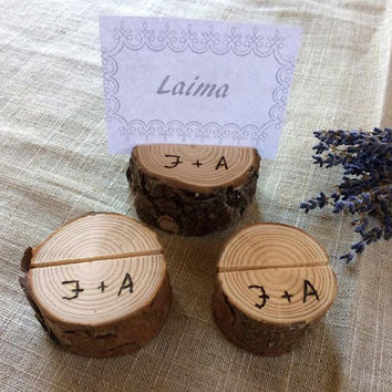 20 Personalized Wood Table Name Holder, Rustic Wedding Decor, Guest Card Holders, Woodland Wedding, Place Card Stand, Name Tag Holder