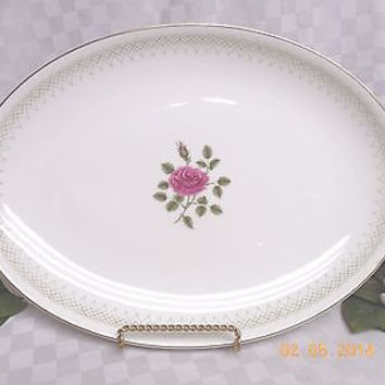 Royal Doulton, China  Dinnerware Sweetheart Rose, pattern #H4936 Serving Platter