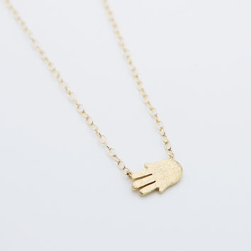 Hand necklace