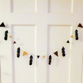 Feather Bunting - Felt Feather Garland - Ombre Brown Decor Aztec Decor- Black Feather Nursery Decor Banner Bunting -Fabric Bunting Boho Baby