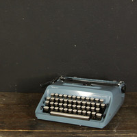 Vintage Blue Remington Personal - Riter Sperry Rand Typewriter // Made in Holland // With case made in Western Germany