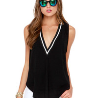 V-neck Contrast Sleeveless Tank