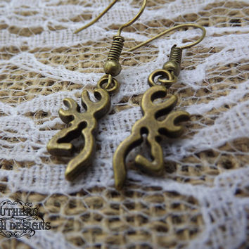 bronze deer earring, buck earring, hunter earrings, deer head, country southern, camo jewelry, girls who hunt, rustic jewelry, ammo,