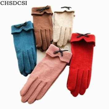 CHSDCSI 2017 Fashion Women's Winter Cotton Wool Gloves Elegant Warm White Plush Bow Glove Mittens Women Cashmere Mitaine Guantes