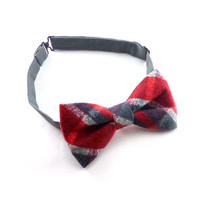 Plaid flannel bow tie mens – red and gray tartan cotton – pre tied adjustable bowtie – mans winter rustic wedding bow tie