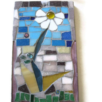 Daisy Wall Hanging  Mosaic Flower Plaque Garden Home Decoration Glass Broken China