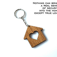 Wooden Hearted Home Keychain Personalized House Keychain Wood Lodge with Cutted Heart Gift Oak Carved Unique Keyring Custom Laser Etched