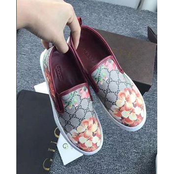 Gucci: FLOWERS DESIGN LOAFER SHOES FLAT CASUAL SHOES G