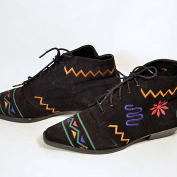 Vintage 80s Embroidered Suede Lace Up Punk Rocker Grunge Ankle Boots/Whimsical Hip Hop Club Kid Deadstock Boots/Geometric Memphis Style 7B