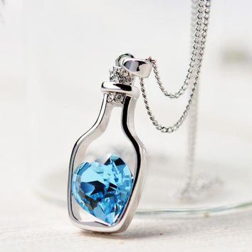 New Fashion Chain Crystal Heart Pendant Necklace Women Jewelry Hollow Bottle Necklaces Charms Gift Girl Personality Classic Sale