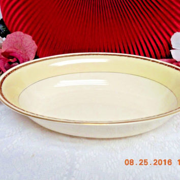 Homer Laughlin China Dinnerware Viceroy, Eggshell Georgian #G3571-Oval serving