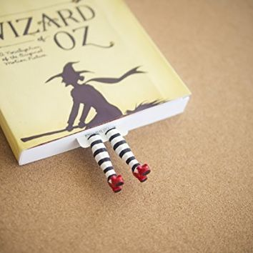 Wicked witch handmade bookmark. Inspired by the Wizard of OZ gifts. Great present for book lovers, bookworm and book readers! Ruby Slippers book marker collectibles. Gift for her. Girlfiriend presents