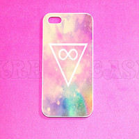 Hipster infinity iPhone 5 case, infinity iPhone 5s case, Arrow iPhone case, Teal color Arrow iphone 4 case on wood print