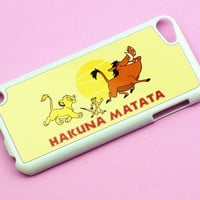 Hakuna Matata -- Ipod Touch 5 Case .. on Luulla