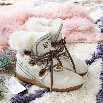 Flurry Vintage Snow Boots