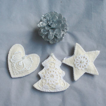 Christmas felt ornament with lace, vintage, shabby chick, white, Christmas tree, star, heart, set of 3, Christmas tree ornament