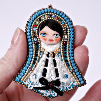 Art Doll-Doll Brooch-Nice brooch-Present for girl-Cute brooch-Brooch Fiber hand embroidered-Pin Art Doll Brooch-gift for her-brooch doll